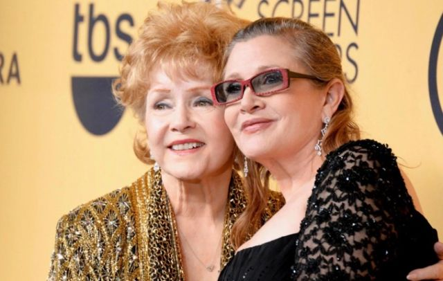 Cinema, morta l'attrice Debbie Reynolds