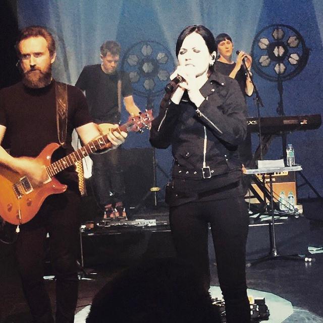 Cranberries: morta la cantante Dolores O'Riordan