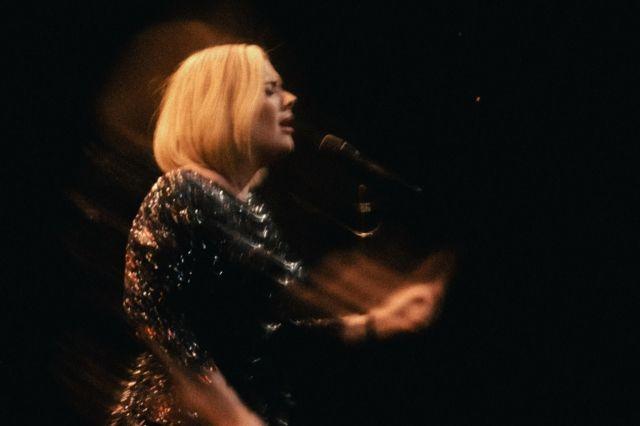 Adele non andrà mai più in tour?