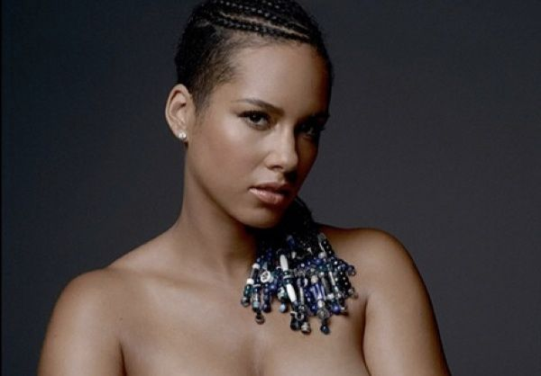 A Very Pregnant Alicia Keys Poses Nude For New Campaign